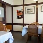 松田うなぎ屋 - 2015年8月 テーブル席は少な目。座敷はかなり広かったです。