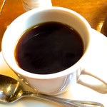 カフェ・ロンディーノ - サイフォンで落とすコーヒー