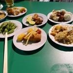 ビアガーデン日本橋 - テキトーに持ってきた料理