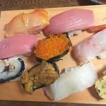 鮨 浅草 - 特上の中トロは絶品