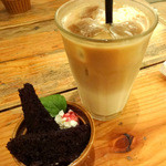 CIMOLO CAFE - 夜カフェプレートのセットドリンク・ミニデザート