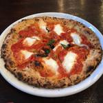 オッジ - マルゲリータピザ