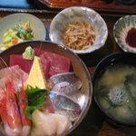 河童土器屋 - ランチ 海鮮丼