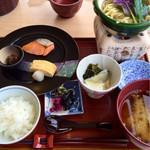 41507940 - 朝食