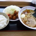 Kuroisopakinguerianoborisenshokudou - 唐揚げ定食