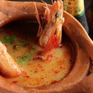 シェフ一押し☆大ぶり海老のトムヤムスープ