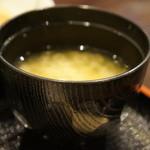 明石の魚処 さかづき - わかめの味噌汁
