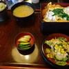 利久 - 料理写真:カツ丼(890円)+半蕎麦とサラダのセット(240円)