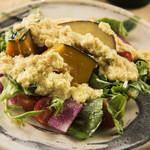 和味 大輔 - 季節野菜のサラダ~自家製のとうもろこしのドレッシングとご一緒に~
