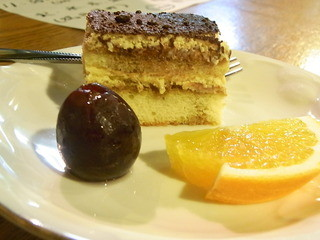あか馬 - 自家製ケーキと葡萄とオレンジ☆♪