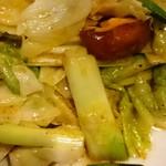 シャンウェイ - キャベツのピリ辛炒め