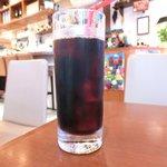 41535365 - ローストチキンセット 1000円 のアイスコーヒー