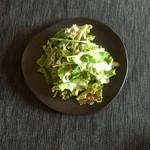 クッチーナ・サクラ - パスタランチに付いていたサラダ。ドレッシングが美味✨