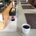 ごはん処 茶茶 - ほうじ茶、煎茶と頂きました。