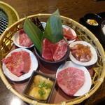 Yakinikunoryuuen - 花籠御膳・極:3,500円(税込)