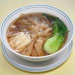 ヴィラロイヤル - 料理写真:フカヒレ湯麺2,900円(税込)