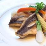 クレル・レヴェイエ - 本日の魚料理一例