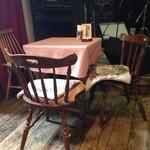 デルソル カフェ - テーブル2。