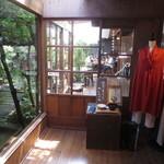 cafe コメマメイモ - カフェ入口
