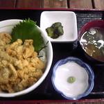 じょぐら - 2015.9.4 ムラサキ・ウニ丼 2,500円