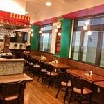 サンフラワー - 広々キレイな店内は大人数での貸切も20名~33名が可能です!