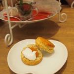 カフェ ド ミキ ウィズ ハローキティ -