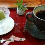 41555041 - 抹茶わらび餅ミニパフェ ドリンクセット