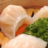 過橋米線 新橋店 - 自家製エビ餃子