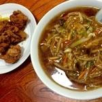 菜々屋 - 料理写真:野菜あんかけラーメンと唐揚げ
