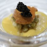 レストラン ラッセ - 幸福のひととき:茄子のソティー北海道産ウニ キャビア トウモロコシのソース