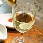 立ち呑み 北京 - 白ワイン