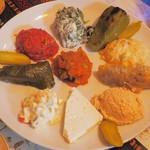 トルコ料理レストラン ヒサル - 6種類のメゼ+ドルマ+白チーズ