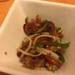 天天厨房 - お通し  豚肉とパプリカの和え物