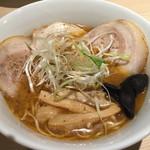 えびそば えび助 - 濃厚醤油チャーシューガッツン(細麺)@980円