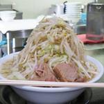 島系本店 - ラーメン桜島(野菜ドカ盛り)790円。