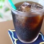 サイルーン - ドリンク写真:『まるい珈琲』(恩納村)の水出しコーヒーが飲めるのは当店だけ♪ 有機無農薬の貴重なコーヒー豆を使用、精魂 込めて手で焙煎、超深煎りでカフェイン極小です。