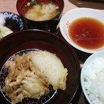 41584244 - 定食 680円 (天ぷらは6種)、 漬物