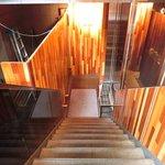 カチナ - 外観の地下1階入口への風景です