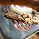 松葉食堂 - 料理写真:焼くべし焼くべし!