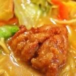 ガラムマサラ - カレーラーメン(唐揚げ)