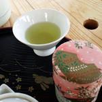 和束茶カフェ - 天空カフェは利用料1人500円。+お茶セット600円