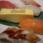 にぎり長次郎 - 料理写真:握りのセット