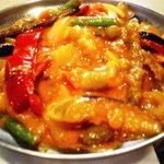 カシミール - ベジタブル・ジャル・ファレジ 種々のフレッシュ野菜にソースをからめて炒めたカレー