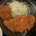 41600023 - ロースカツ定食(700円)+トッピング:メンチカツ(300円)