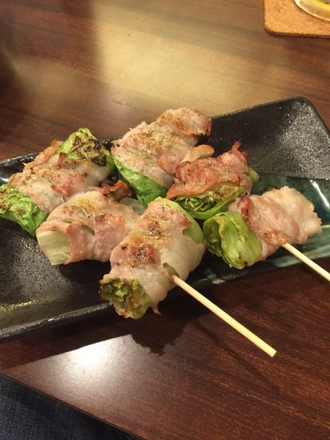 華蔵 - 肉巻きレタス串