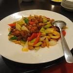 東方楼 - カシューナッツ入りの炒め物