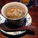 ディッシュマジックアタゴ - ジュンサイの茶碗蒸し
