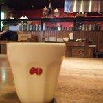 カフェ マメヒコ - 厨房の赤