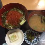 福徳食堂 - いくら丼¥850