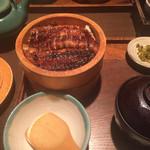 41613853 - 食べ方は名古屋のと同じ。                       量も丁度良い。